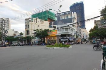 Cho thuê mặt bằng ngay vòng xoay Lê Lợi, diện tích 60 m2 giá chỉ 22 triệu/tháng