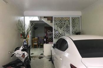 Bán nhà 4 tầng ngõ to đường Kiều Sơn, ô tô để trong nhà. LH em Quang 0934.935.888