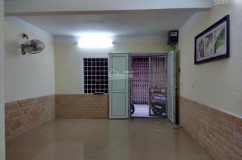 Bán nhà ngõ 26 Yên Lạc, Hai Bà Trưng, 54m2, 2T, giá 4,3 tỷ, ô tô 4 chỗ vào nhà