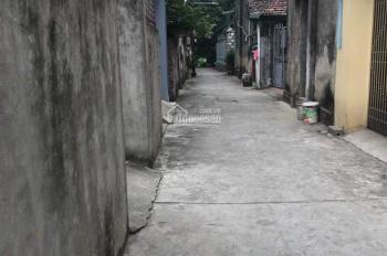 Cần bán mảnh 70m2 đất ở vuông vắn tại xã Kim Sơn, huyện Gia Lâm. Giá 13 triệu/m2. Lh 0981221636