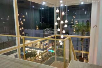 Bán nhà MT Quận 3 gần chợ Vườn Chuối, trường học, Võ Văn Tần, cx Đô Thành, giáp Quận 1, 10, SHR