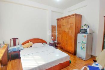 CHDV đường Ngô Văn Năm Quận 1, sát bên Lê Thánh Tôn, giá 5.5tr full nội thất. LH 0905319680