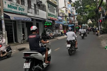 Mặt tiền Phan Văn Sửu, P13, Tân Bình, ngang 3,4x14m đang cho thuê 10tr/tháng. Giá 6.3 tỷ