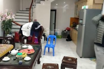 Nhà bán Quan Nhân, Thanh Xuân, DT 35m2 x 5 tầng, giá 2.8 tỷ