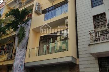 Cho thuê nhà phân lô trong ngõ 9 phố Trần Quốc Hoàn, DT 60m2 x 4 tầng, ngõ 2 ô tô tránh nhau