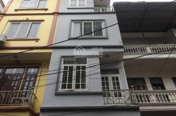 Nhà riêng ngõ phố Giải Phóng đối diện Đại Từ DT 50m2 x 5T, giá 18tr/th có thương lượng
