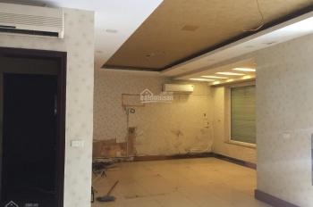 Cho thuê nhà mặt phố Hoàng Ngân 70m2 x 2T, MT 5m, thông sàn giá 25tr/th nhà đẹp