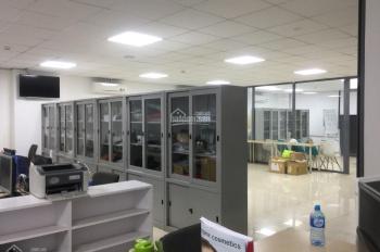 Cần cho thuê mặt bằng tầng trệt và tầng 1 tại số 90 -92 đường D1, KDC vip Him Lam Quận 7