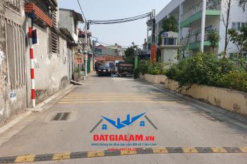 Bán lô góc 2 mặt thoáng 42,5m2 ngõ 229 đường Nguyễn Văn Linh, Phúc Đồng, Long Biên. LH: 0911882281