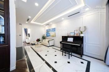 Cần bán nhà 2 lầu sang trọng đẹp mặt tiền đường Trần Hưng Đạo, Dĩ An, diện tích hơn 120m2