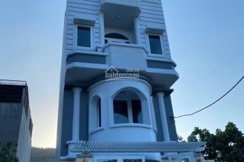 Cần bán nhà khu Á Châu có thang máy, DT 5x18m, 90m2 hướng ĐB, giá 9 tỷ 2 tiện làm mini hotel