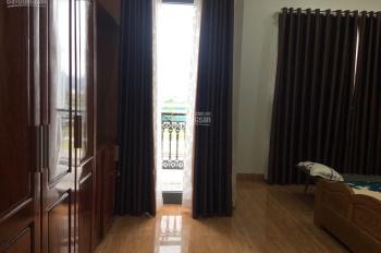 Chuyên cho thuê nhà nguyên căn vị trí đẹp thích hợp mở spa, showroom, LH: 0982497979 Ms Vy