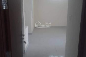Bán gấp căn hộ 35 Hồ Học Lãm, tầng đẹp, DT 57m2 2PN - 2WC, nhận nhà ngay. LH 0986647779