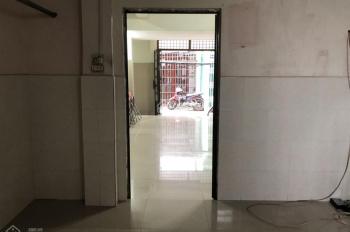 Bán nhà ngang 6m dài 11,3m đường Hoài Thanh, phường 14, quận 8, giá 3 tỷ 800 triệu
