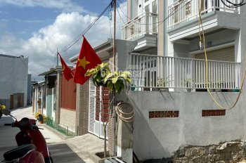 Bán lô đất đường Số 4, Phước Long, Nha Trang DT 84m2, giá cuc rẻ