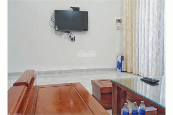 Cho thuê nhà nguyên căn đường Phòng Không - Nha Trang, full nội thất cạnh đường Lê Hồng Phong