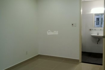 Cho thuê căn hộ conic Skyway, căn 2 PN nhà trống, mới sơn lại, giá thuê 6,5 triệu/tháng