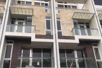 Nhà phố 5x18m 1 trệt 3 lầu, thuê thô nguyên căn chỉ 18 triệu
