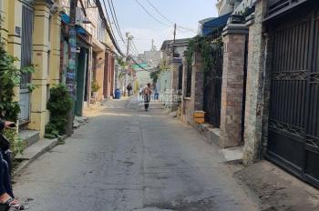 Bán gấp nhà nát Huỳnh Tấn Phát, Quận 7