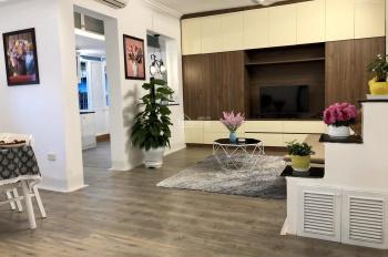 Cho thuê căn hộ đủ đồ phố Tông Đản - Hoàn Kiếm: Diện tích 55m2, 2 ngủ, đủ đồ, nội thất rất đẹp