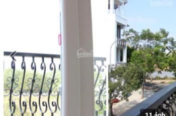 Cần cho thuê gấp nhà phố Sadeco khu dân cư ven sông, phường Tân Phong, quận 7, giá 22.05 tr/tháng