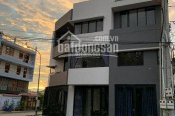 Bán nhà 1 trệt 1 lầu mặt tiền đường Nguyễn Văn Lộng gần chợ Lái Thiêu, Thuận An, Bình Dương