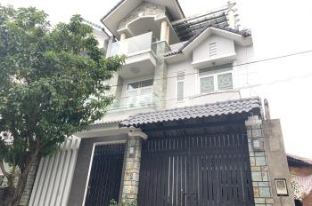 Cho thuê biệt thự 8 x 16m 3 lầu đường Cao Đức Lân, P. An Phú, Quận 2 giá 40 triệu