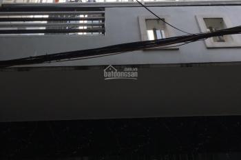 Bán nhà Bà Điểm 1 trệt 1 lầu, 63m2, giá 1,35 tỷ, hẽm 4m, sổ riêng, hỗ trợ phí sang tên