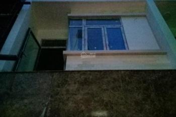 Kẹt tiền bán nhà cực rẻ nhà mới HXH 7m Hiệp Bình, DT: 4m x 16m, xây 3 lầu + sân thượng