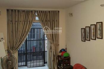 Phòng ở cao cấp giá rẻ đường Trần Đình Xu, Quận 1. LH 0903996614