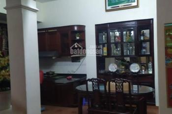Cho thuê nhà riêng nguyên căn Nguyễn Văn Cừ, Long Biên, 90m2*3 tầng, giá 12 tr/th. LH: 0967406810