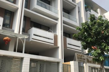 Chính chủ bán gấp nhà hoàn thiện nội thất KĐT Vạn Phúc 9.9 tỷ sát trường học quốc tế Emasi