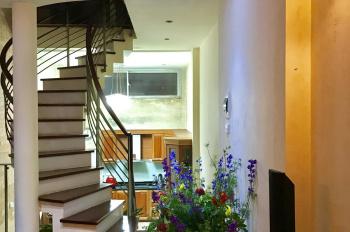 Cho thuê nhà riêng ngõ to phố Yên Lãng 55m2, 5,5 tầng, 6 phòng, đủ điều hòa. Giá 23tr/th