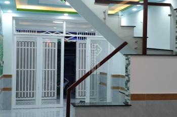 Bán nhà 1 lầu, 4x12,5m nở hậu, SHR chính chủ, ngay chợ Tân Trụ P. 15 Q. Tân Bình