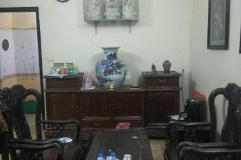 Cho thuê nhà 4 tầng có 5 phòng ngủ phố Tân Mai giá 8,5 triệu/tháng, LH: 0946913368