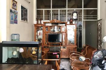 Cho thuê nhà nguyên căn hẻm ô tô đường Biệt Thự thông qua Nguyễn Thiện Thuật, khu phố Tây Nha Trang