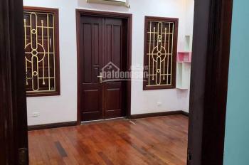 Cho thuê nhà ở Phú Đô DT 35m2 x 4,5T, 4PN, đầy đủ đồ 7tr/tháng