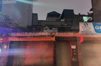 Cho thuê nhà mặt phố 37 Trần Hữu Tước, DT 200m2, 2 tầng. Mặt tiền rộng 8m, giá 30tr/tháng