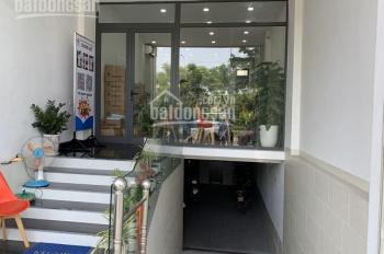 Cho thuê nhà HXH đường Lý Thường Kiệt, Quận 10, DT 5x22m