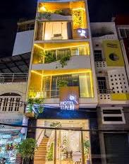 Cho thuê nhà mặt phố Quán Thánh 60mx5t, mt 8m kinh doanh mọi mô hình. LH 0763315678