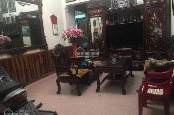 Tôi cần bán căn nhà ở ngõ 1 Võ Chí Công, ngõ ô tô, nhà xây kiên cố, vô cùng có lộc 0966695371