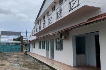 Cho thuê lâu dài kho chứa hàng mặt tiền đường TL 824 thuộc Lương Hòa, huyện Bến Lức, tỉnh Long An