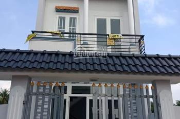 Chỉ 300tr sở hữu căn nhà 1 trệt 1 lầu ngay KDC Tân Đức, chợ chiều, dọn vào ở ngay, LH 0902468902