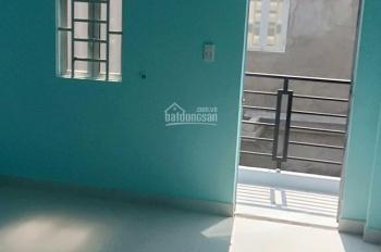 Bán nhà mới xây, DTSD 80m2 1 trệt, 1 lầu, đang cho thuê 5 tr/tháng, LH 0938.192.162