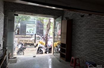 Cần bán nhà 07 Phó Đức Chính - p. Nguyễn Thái Bình - Q1