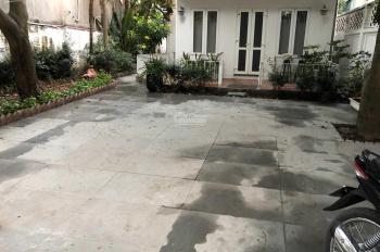 Cho thuê biệt thự nhà vườn vip 400m2 đường Đặng Thai Mai, Q. Tây Hồ, gồm 7PN, full NT, giá 35 tr/th