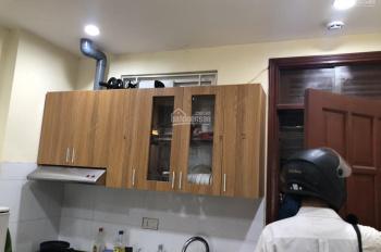Cho thuê CH TT tầng 2 và 3 thông nhau, DT 110 m2 Khâm Thiên, 2 PN, 1PK, bếp, full đồ. Giá 8 tr/th