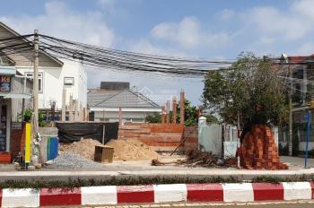 Chính chủ bán đất có nhà tổng DT 500m2 vị trí đẹp ở CMT8, Bà Rịa Vũng Tàu, giá 14 tỷ, LH 0972222567