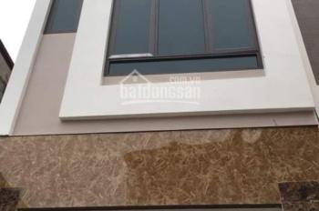 Nhà 3 tầng ngõ phố Nguyễn Thị Duệ, ngõ 5m, giá 1,7 tỷ