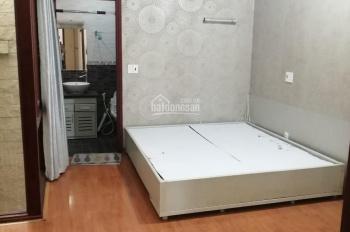 Cho thuê 02 phòng trong nhà nguyên căn mặt tiền đường Nguyễn Khánh Toàn